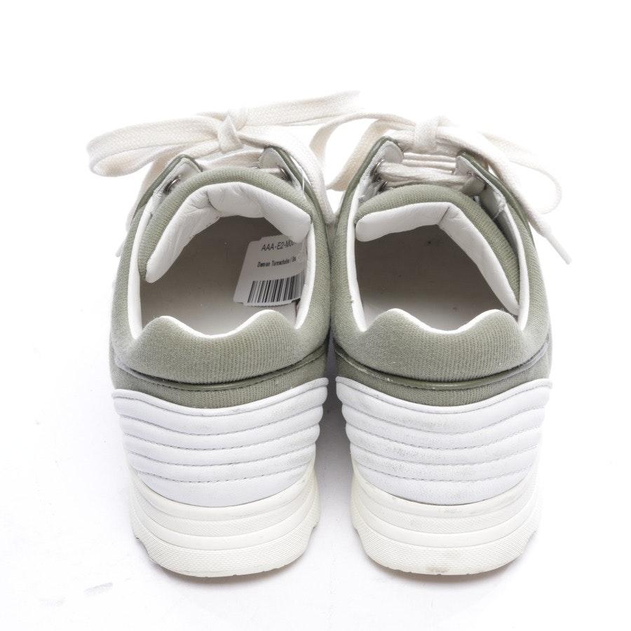 Sneaker von Chanel in Khaki und Weiß Gr. D 36