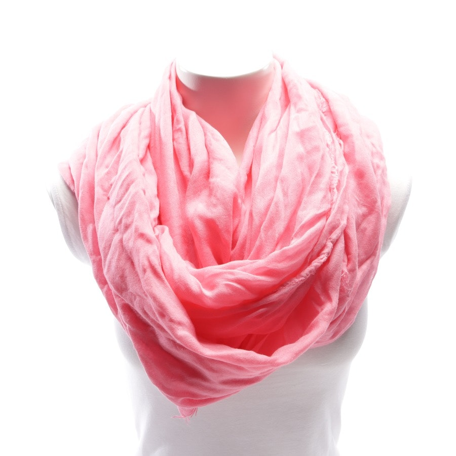 scarf from Faliero Sarti in pink