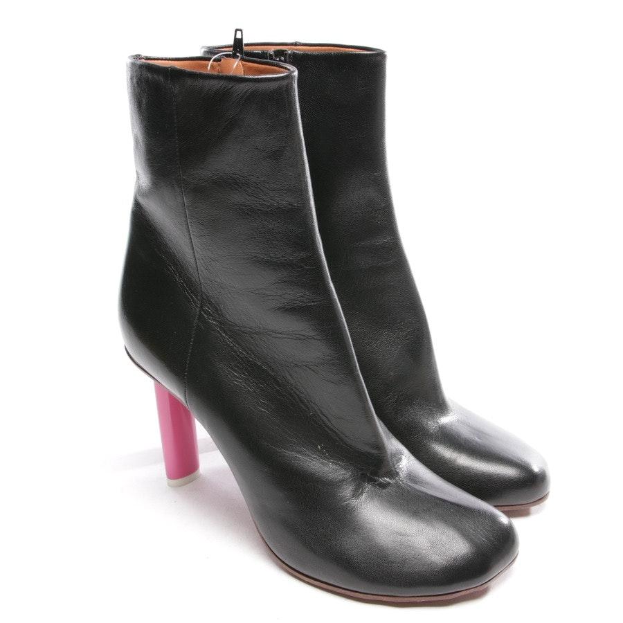 Stiefeletten von Vetements in Schwarz und Pink Gr. EUR 40