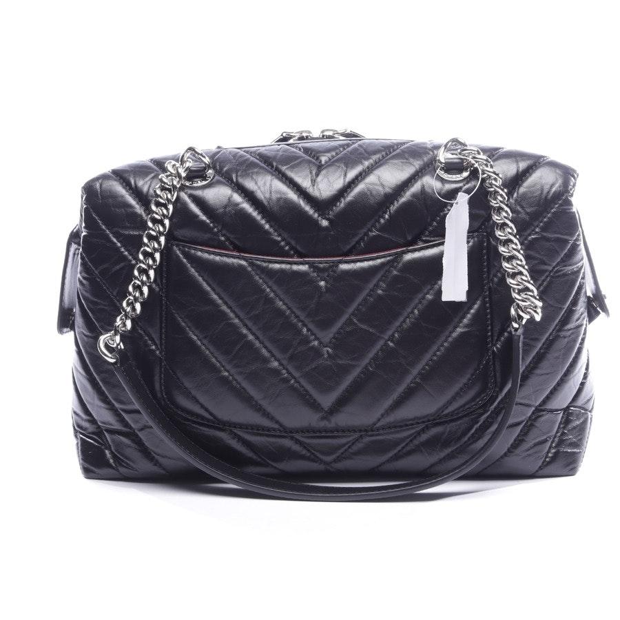 Schultertasche von Chanel in Schwarz