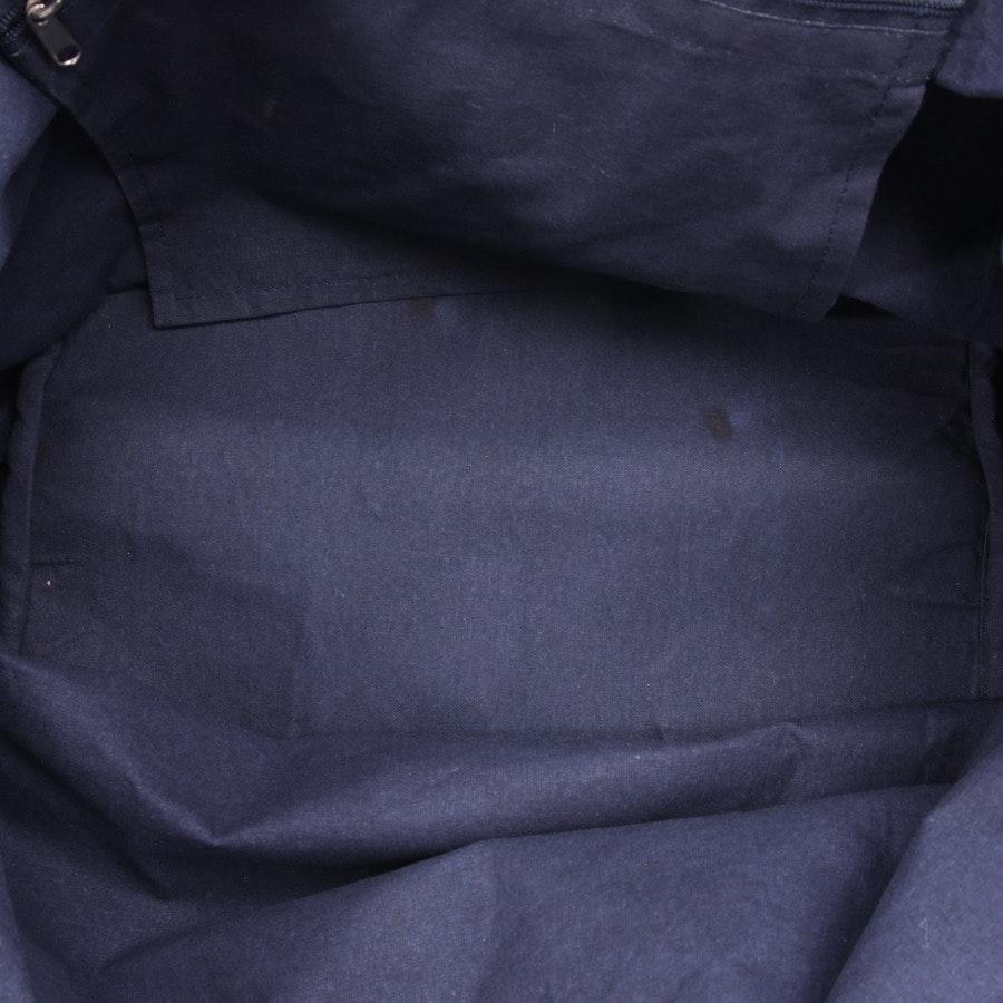Schultertasche von Dorothee Schumacher in Blau und Schwarz