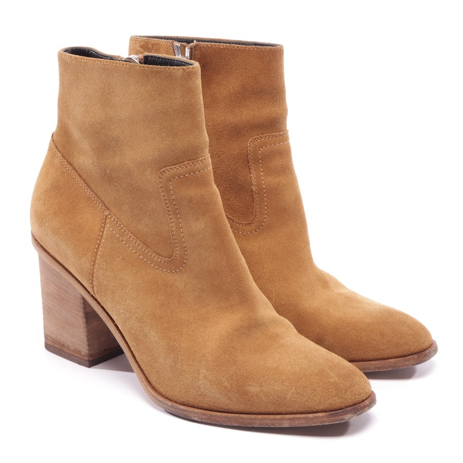 ankle boots from Saint Laurent in mustard yellow size EUR 39,5