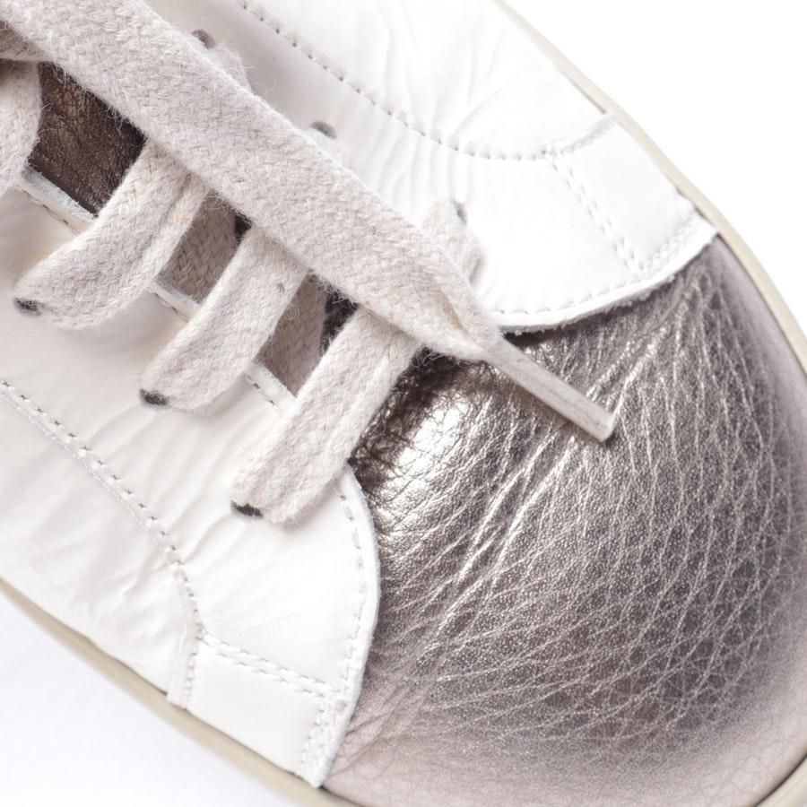 Sneaker von Brunello Cucinelli in Weiß und Silber Gr. D 38