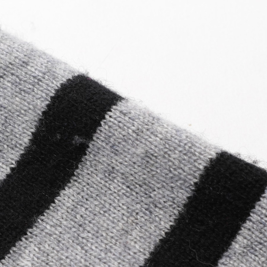knitwear from FTC Cashmere in grey mottled and black size XS