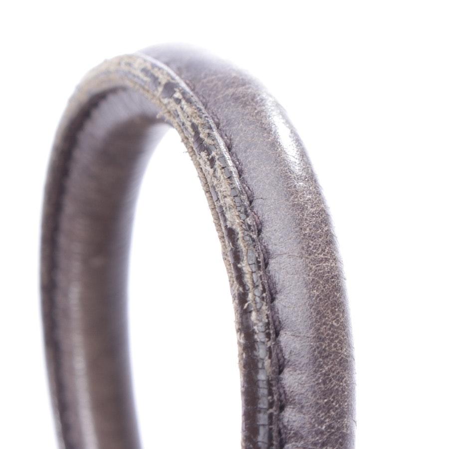 Schultertasche von Miu Miu in Grau