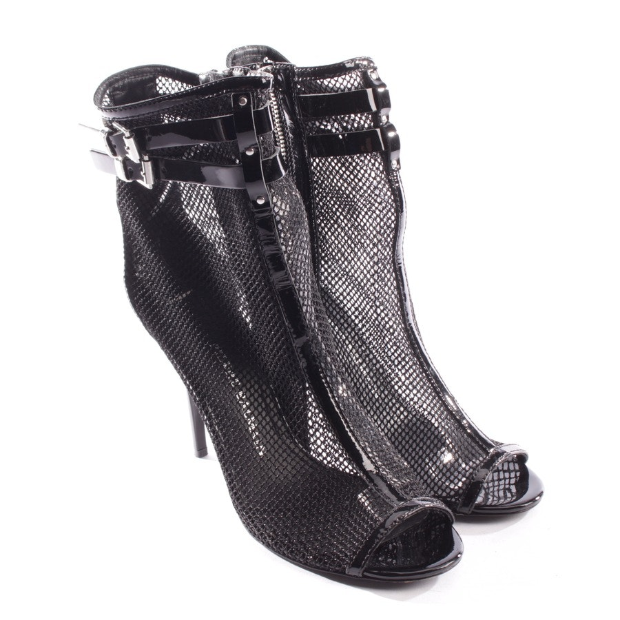ankle boots from Pierre Balmain in black size D 39
