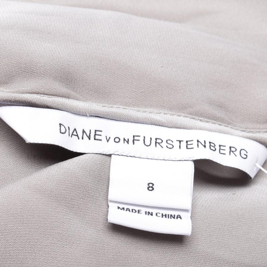 Seidenkleid von Diane von Furstenberg in Champagner und Grau Gr. 38 US 8