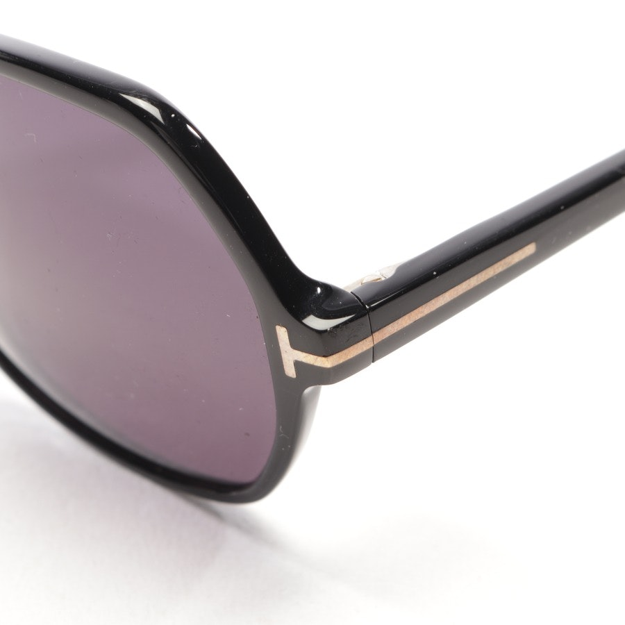 sunglasses from Tom Ford in black - tf5300