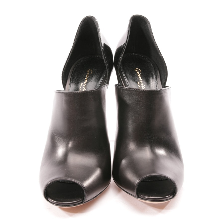 pumps from Gianvito Rossi in black size D 37 - new