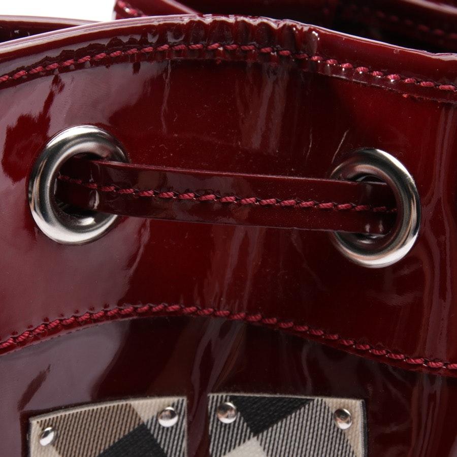 Handtasche von Burberry in Weinrot und Mehrfarbig