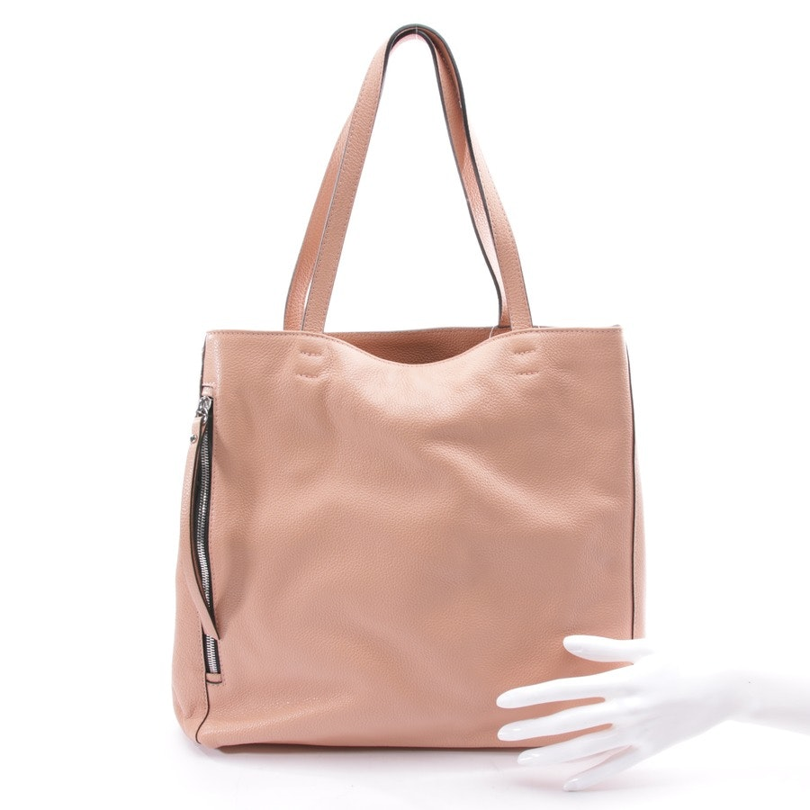 shoulder bag from Gianni Chiarini in salmon pink
