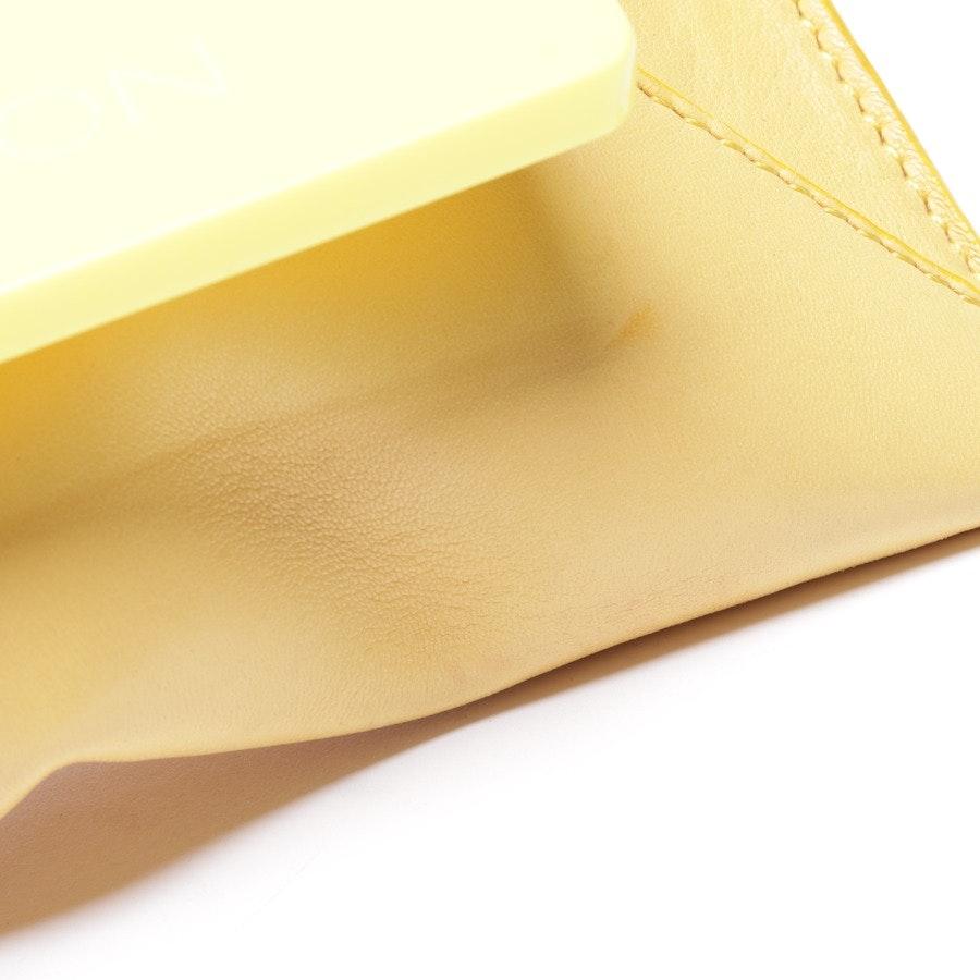 Clutch von Halston Heritage in Gelb