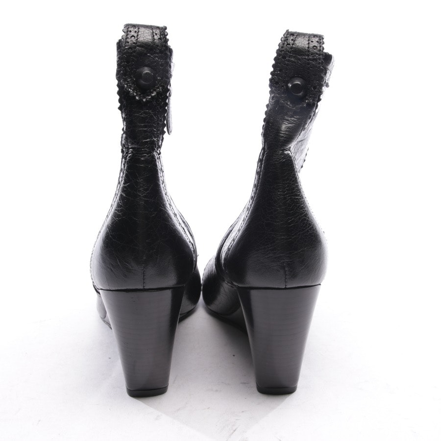 ankle boots from Balenciaga in black size EUR 39 - new