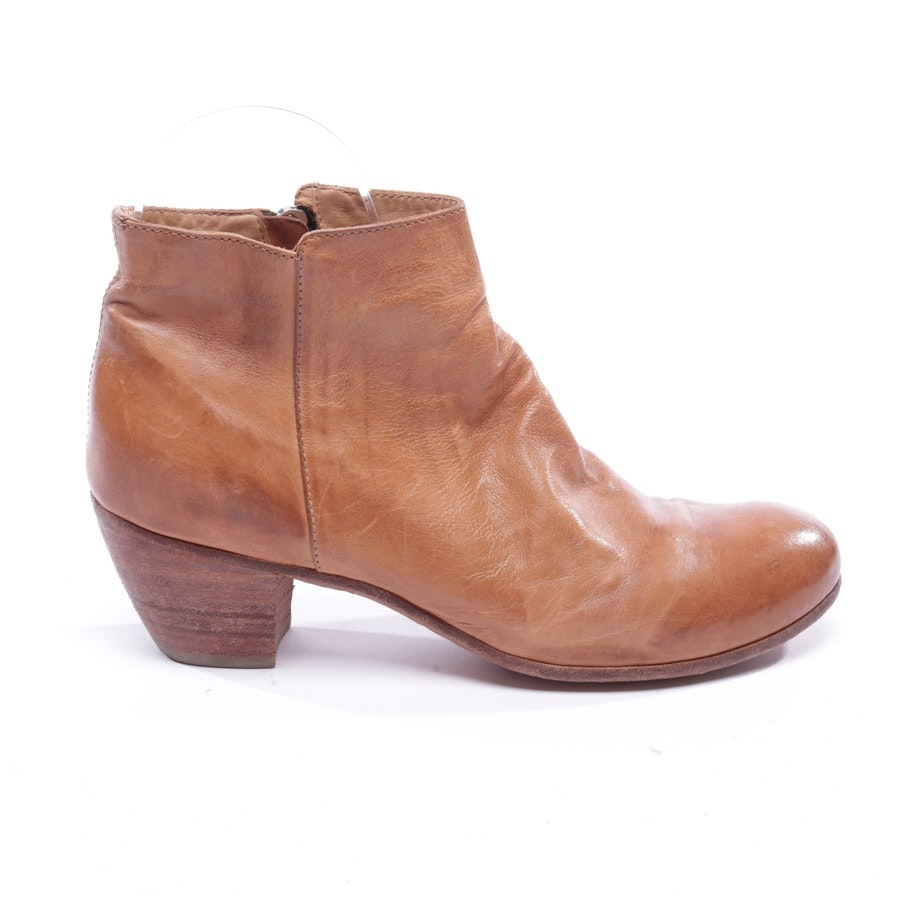 ankle boots from Officine Creative in camel size EUR 40