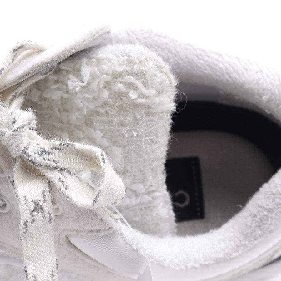 Sneaker von Chanel in Cremeweiß Gr. EUR 39,5