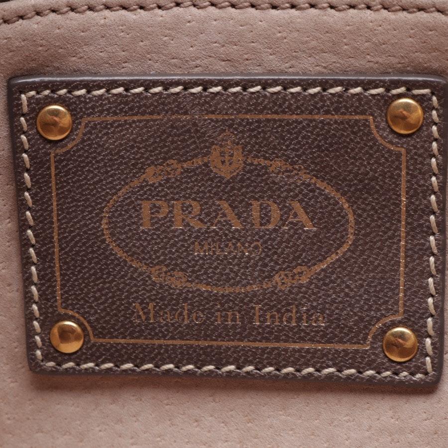 Schultertasche von Prada in Creme und Beige