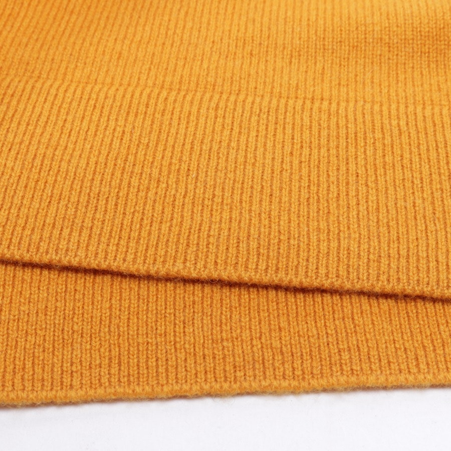 knitwear from Allude in mustard yellow size XS