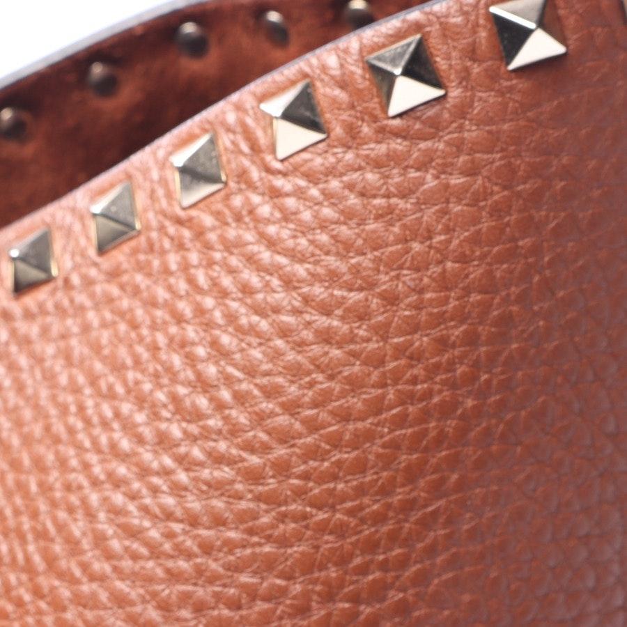 Schultertasche von Valentino in Braun - Rockstud