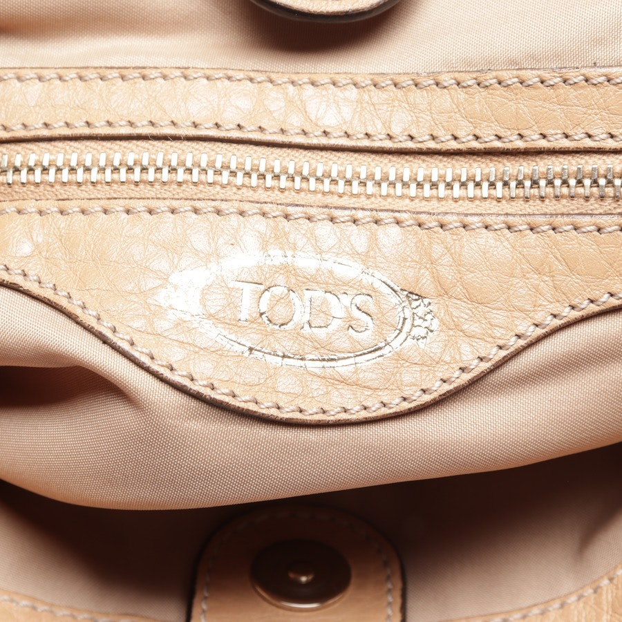 evening bags from Tod´s in orange