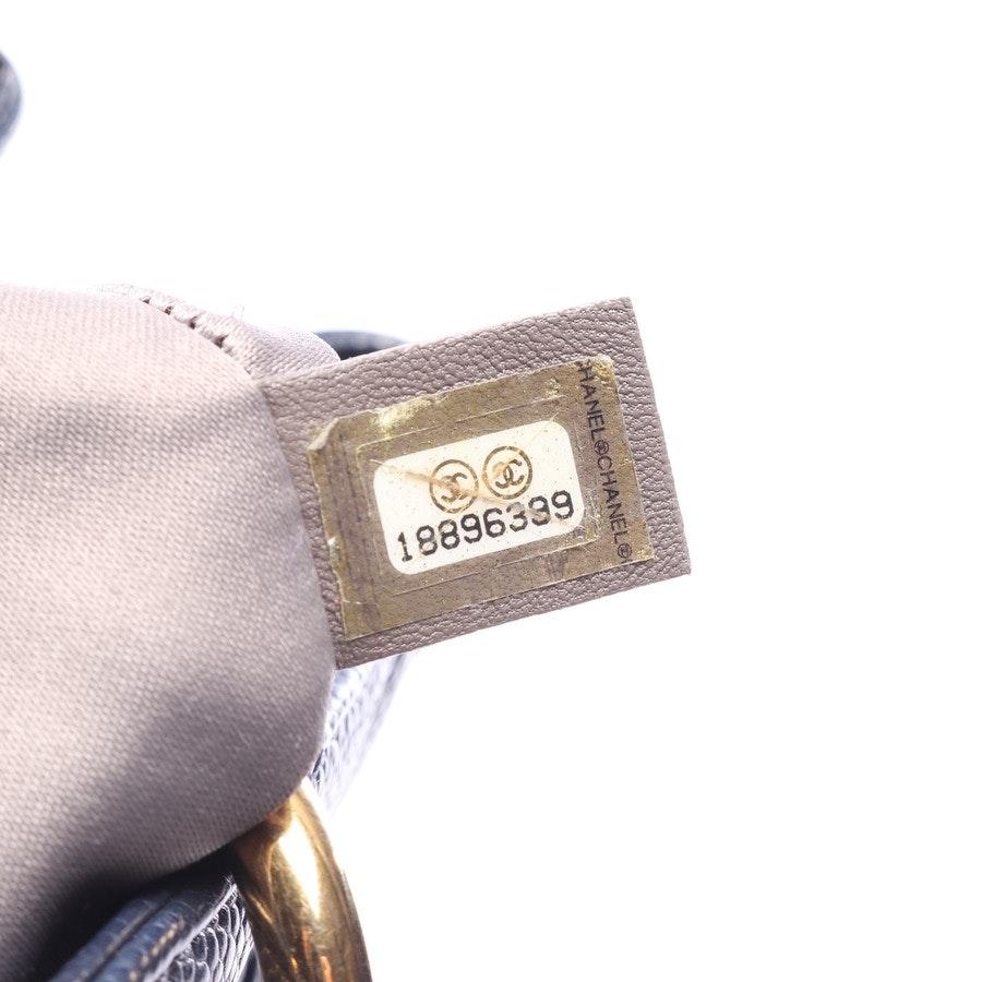 shoulder bag from Chanel in dark blue - grand shopping dead
