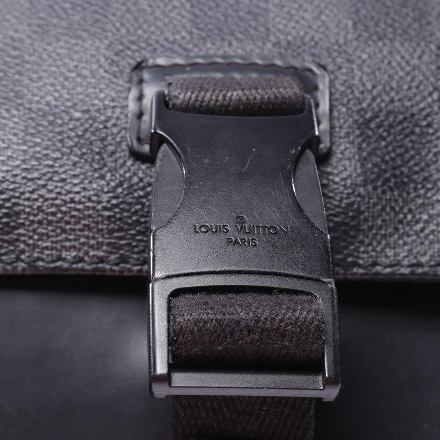 Umhängetasche von Louis Vuitton in Anthrazit und Schwarz