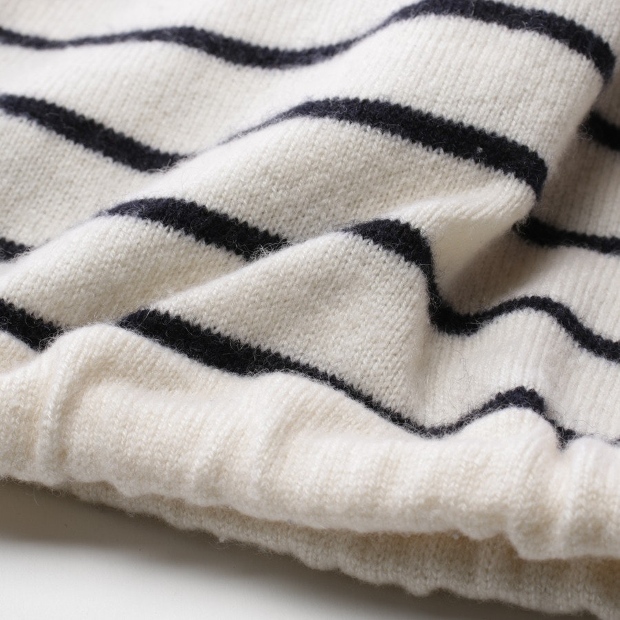 knitwear from FTC Cashmere in cream and black size S