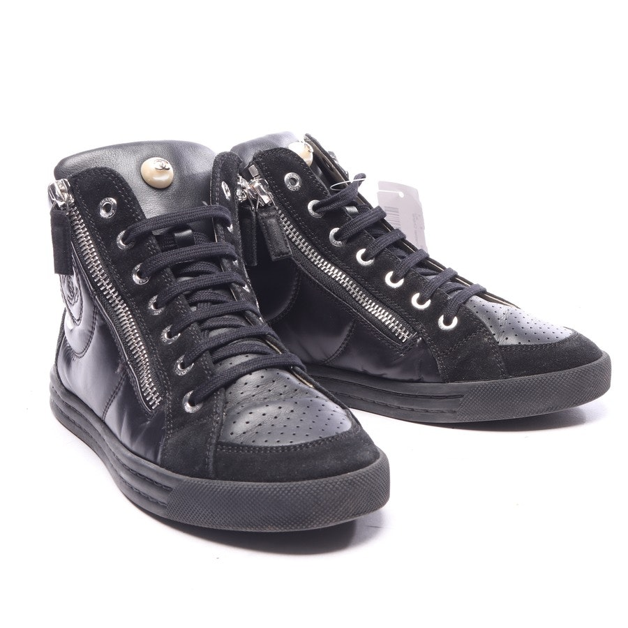 High-Top Sneaker von Chanel in Schwarz Gr. EUR 36