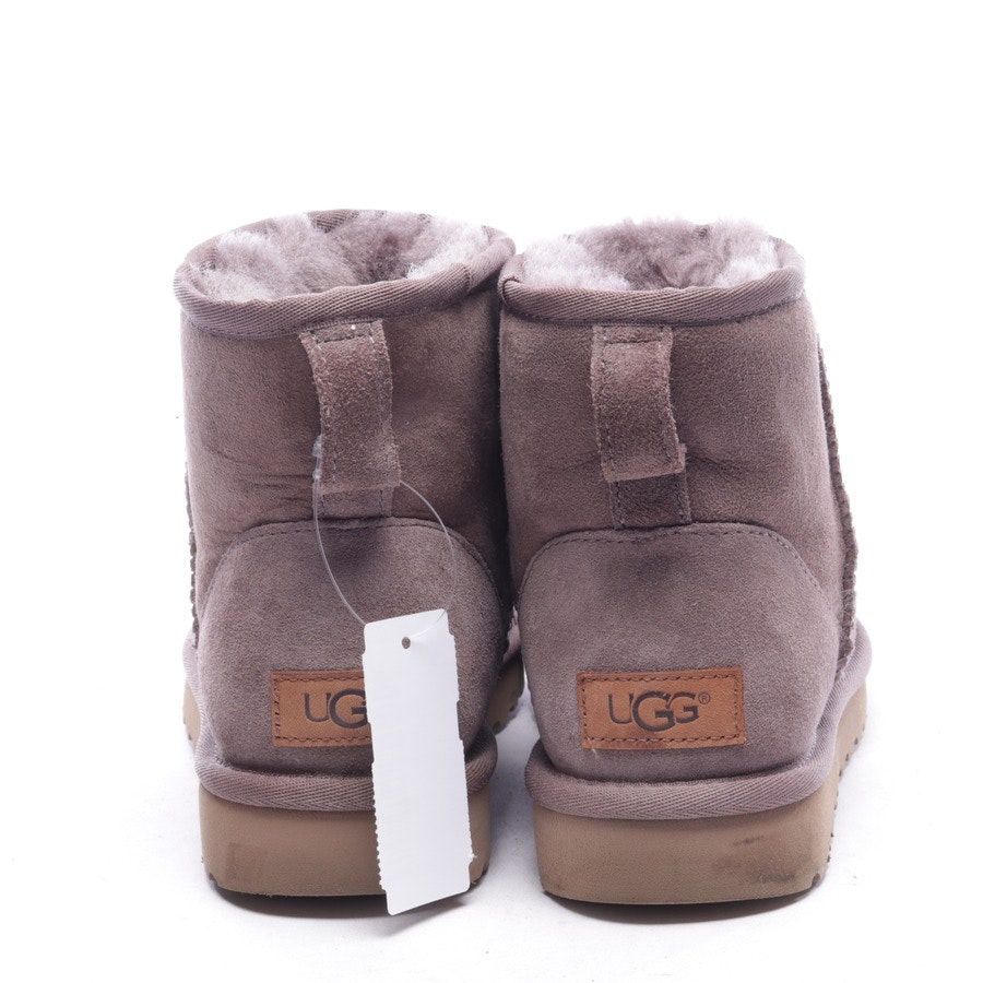 boots from UGG Australia in eggplant size EUR 38 - classic