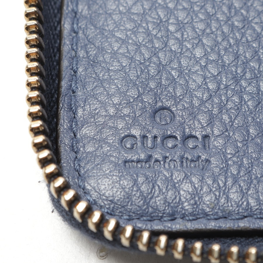 wallets from Gucci in pigeon blue