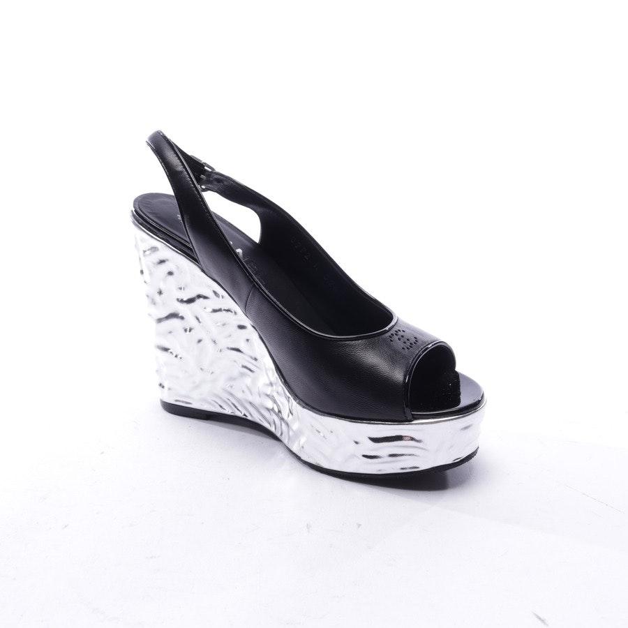 Sandaletten von Chanel in Schwarz und Silber Gr. EUR 36,5