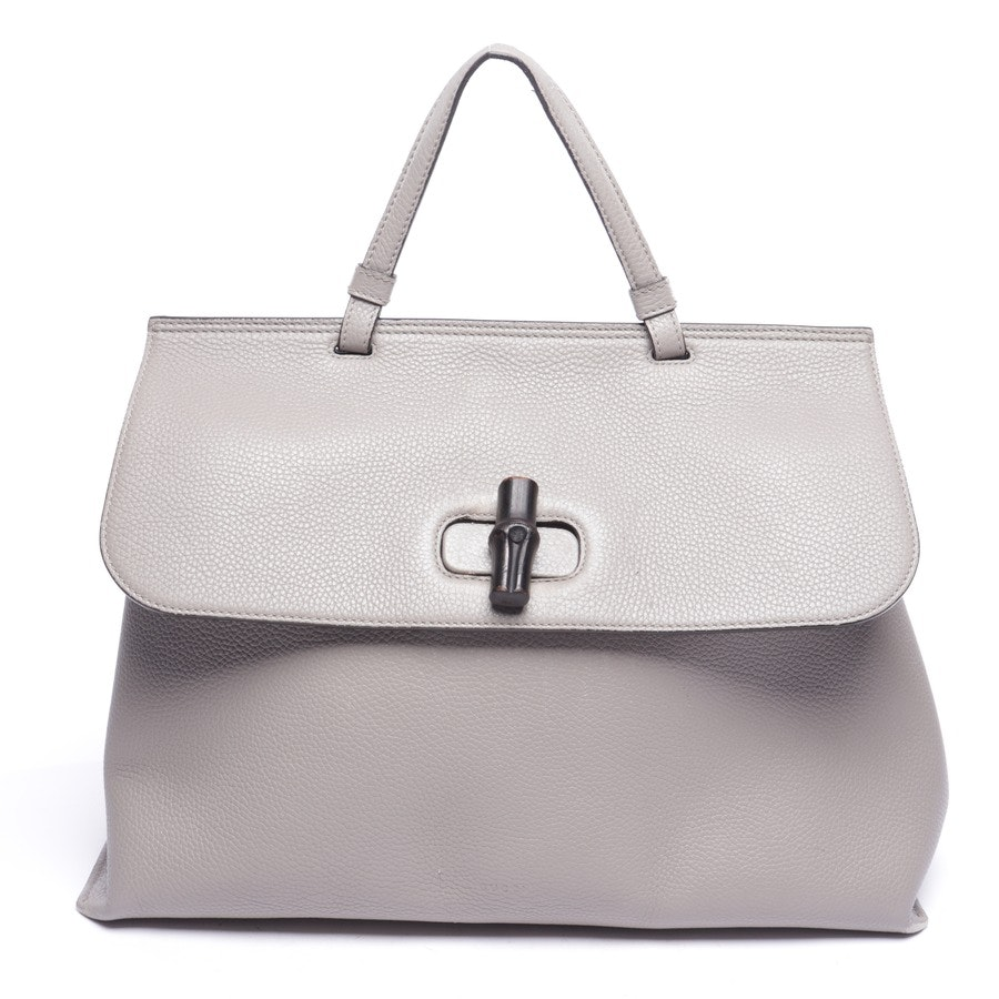 Handtasche von Gucci in Hellgrau - Pebbled Calfskin Large Bamboo Daily Top Handle Bag Light Grey