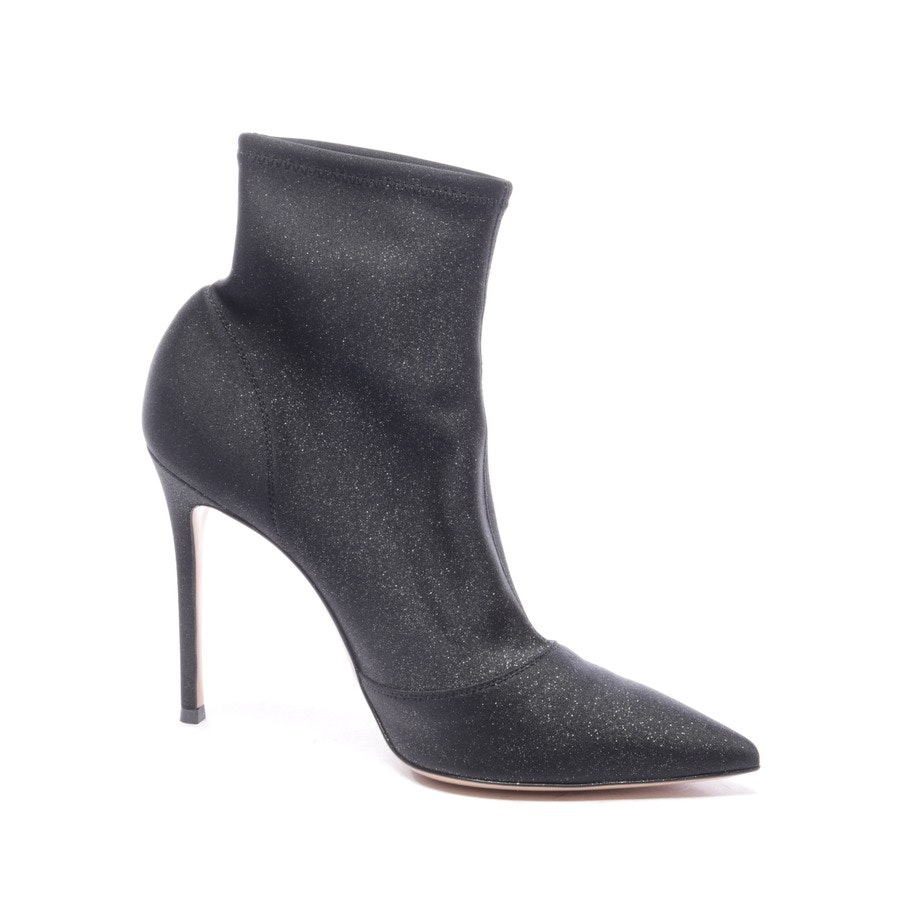 ankle boots from Gianvito Rossi in black size EUR 40 - new