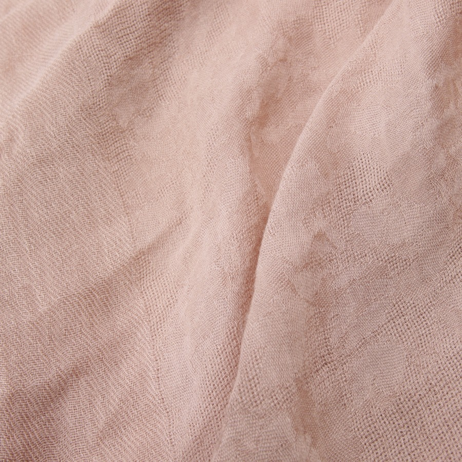 scarf from Wolford in beigepink