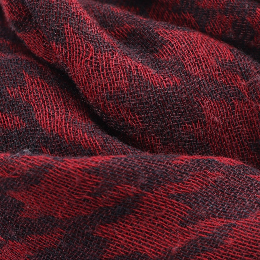 scarf from Tommy Hilfiger in wine red and black