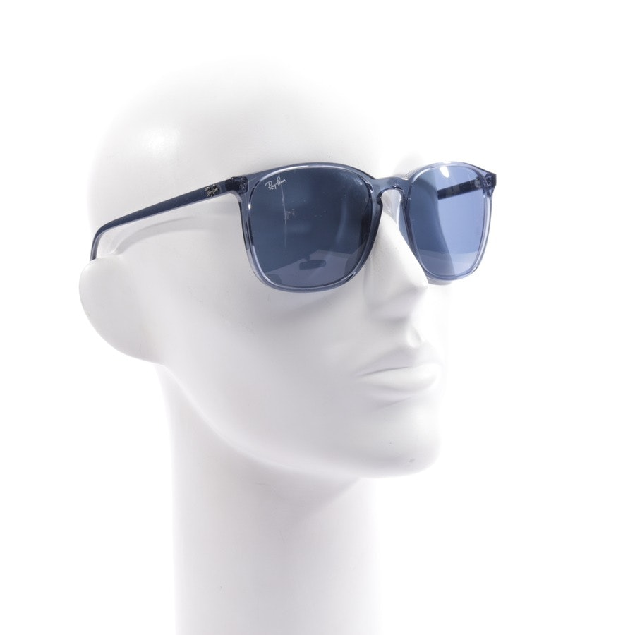 sunglasses from Ray Ban in blue - rb4387