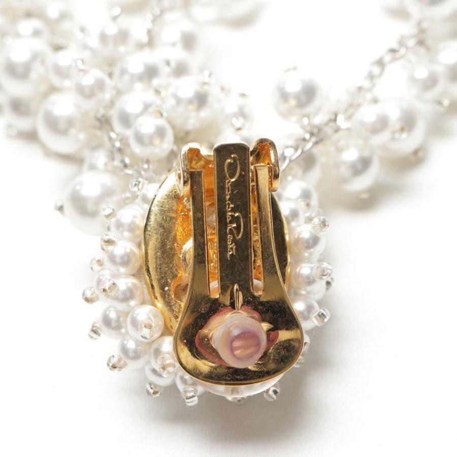 jewellery from Oscar de la Renta in cream - new