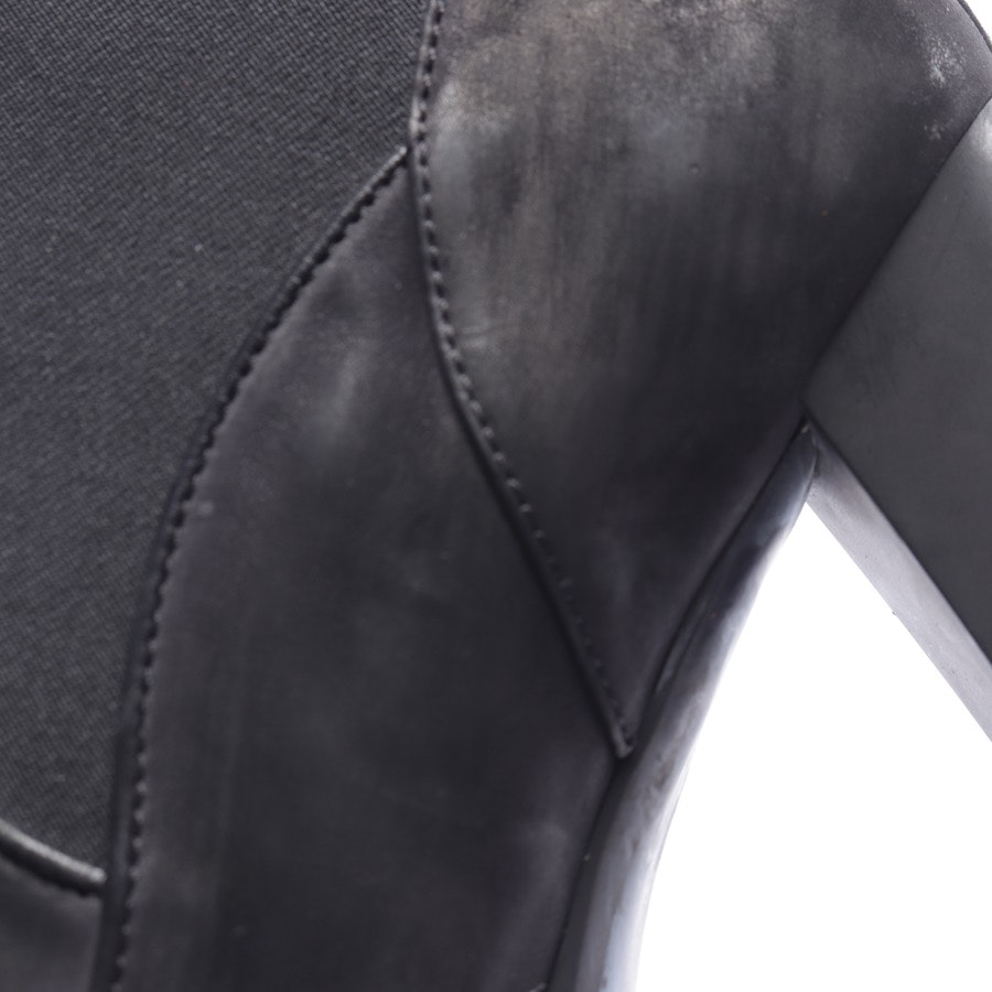 ankle boots from Tod´s in black size EUR 39