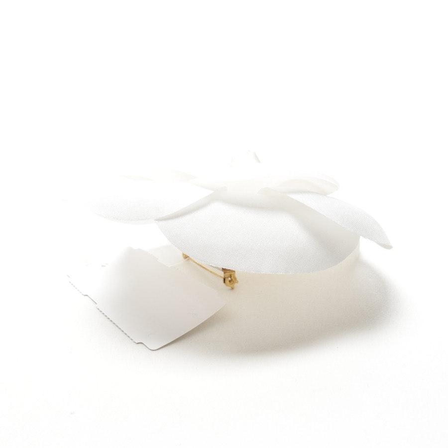 Brosche von Chanel in Weiß