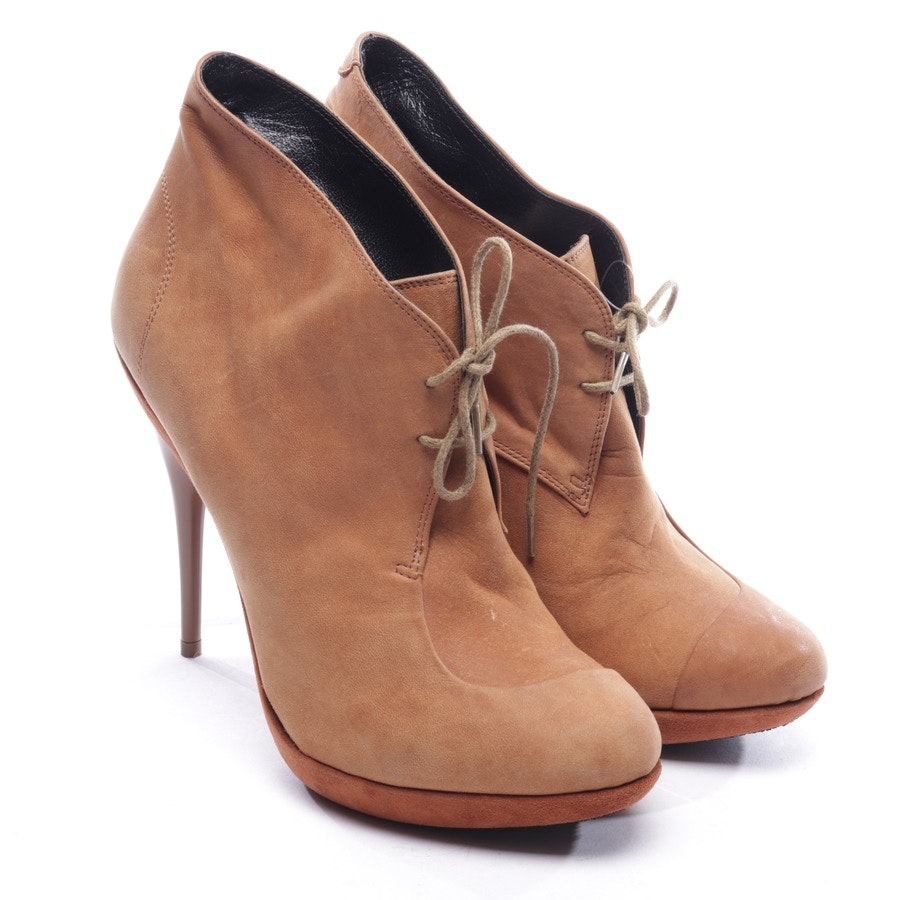 ankle boots from Neil Barrett in camel size D 40