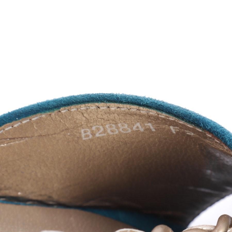 Sandaletten von Chanel in Türkis und Beige Gr. D 37,5
