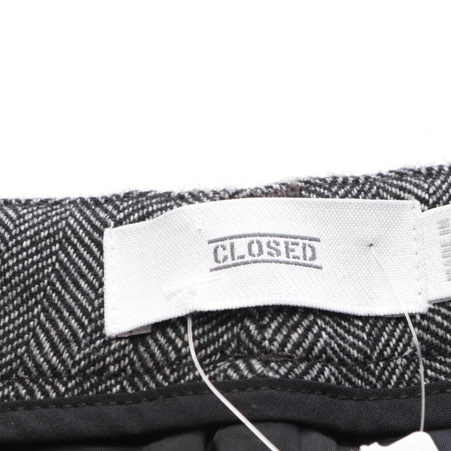 Hose von Closed in Schwarz und Weiß Gr. 30 - Neu