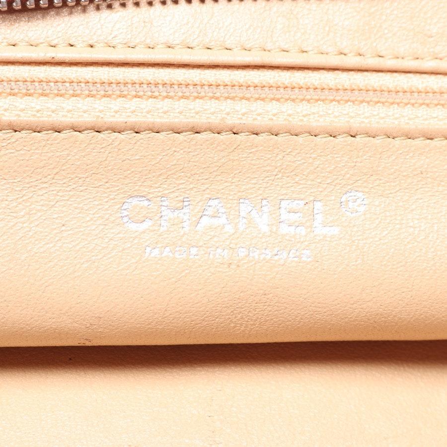 Schultertasche von Chanel in Bordeaux Luxe Ligne Bowler