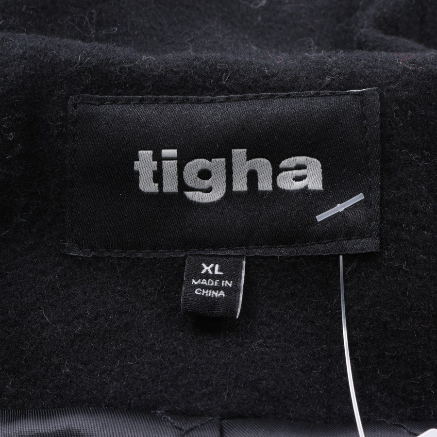 between-seasons jackets from Tigha in black size XL