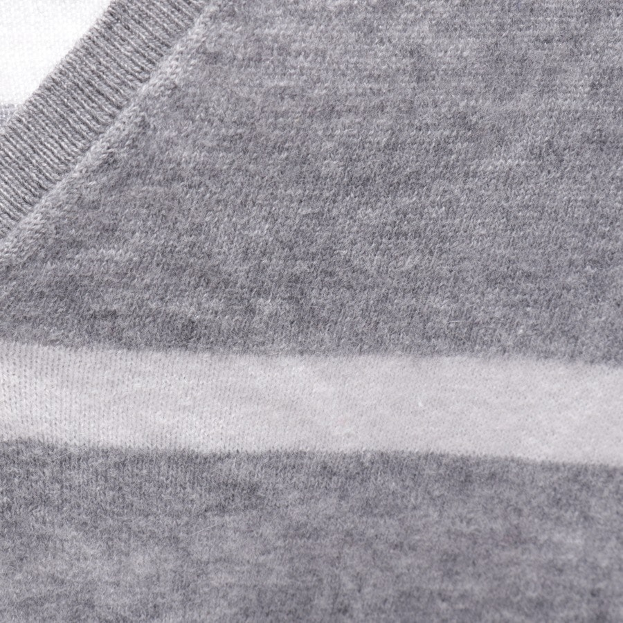 knitwear from Allude in grey mottled and white size S