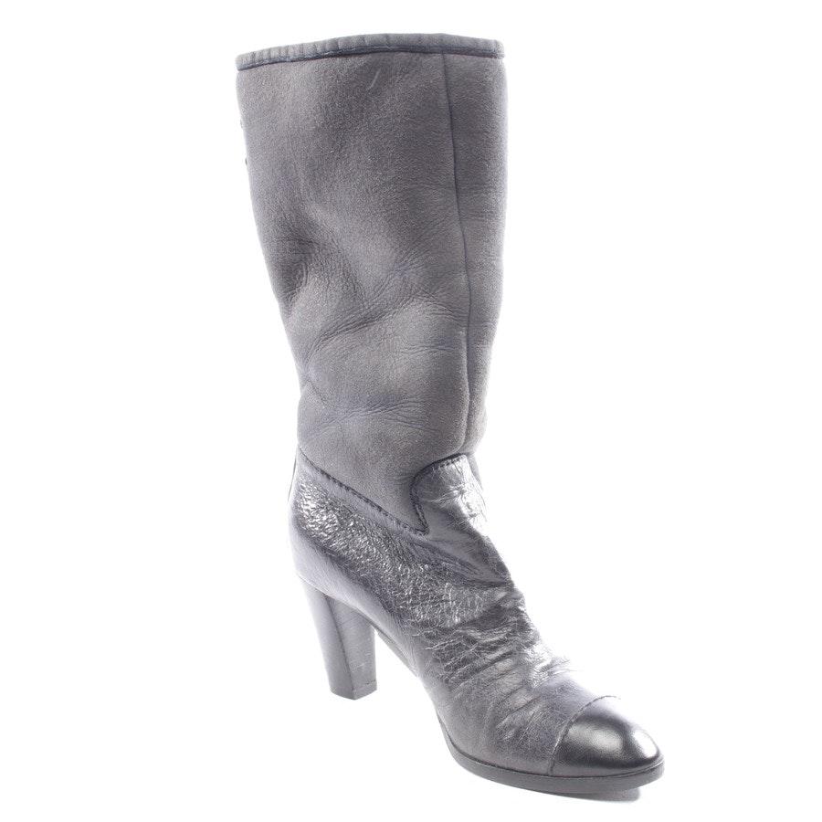 Stiefel von Chanel in Dunkelgrau Gr. D 37