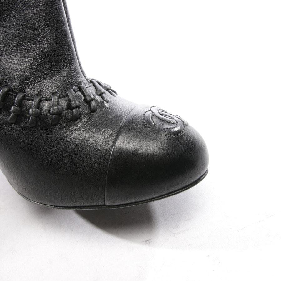 Stiefel von Chanel in Schwarz Gr. EUR 38