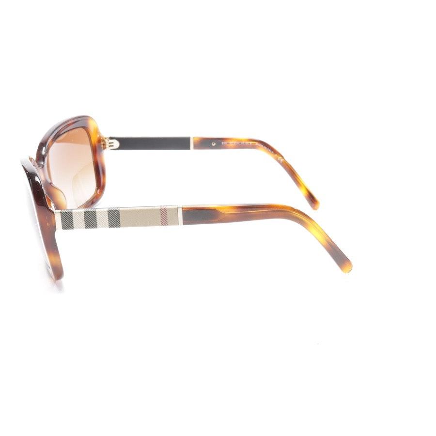 Sonnenbrille von Burberry in Schokolade und Cognac B4173