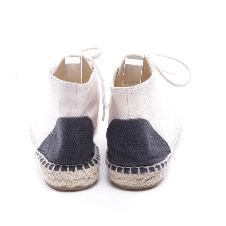 Schnürschuhe von Chanel in Elfenbein und Schwarz Gr. EUR 41