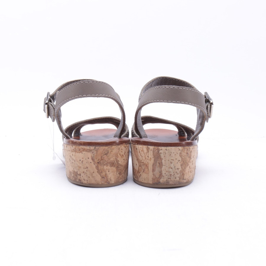 Flat Sandals from Chanel in Tan size 38,5 EUR