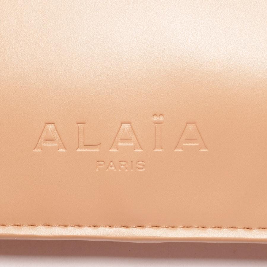 Clutch von Alaia in Nude